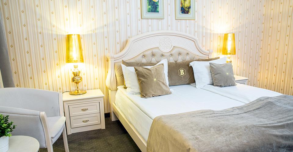 Oferta Last Minute pentru 2 (doua) persoane - Hotel Carpathia Sinaia